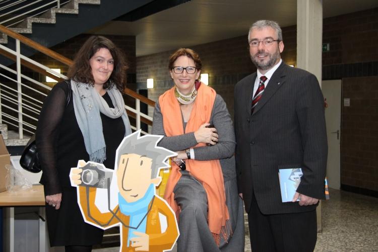 Buchverteilung Präsidentin Kirsten Pinkvoss, Christine Krägeloh-Ebert, Oberbürgermeister Jörg Dehm